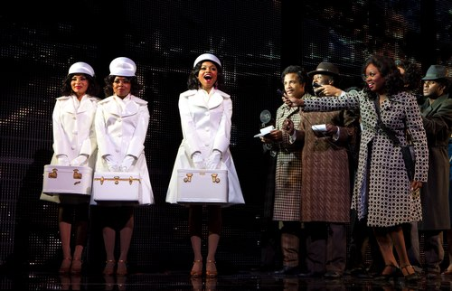 Margaret Hoffman (Michelle), Adrienne Warren (Lorrell), Syesha Mercado (Deena) and the company of DREAMGIRLS.