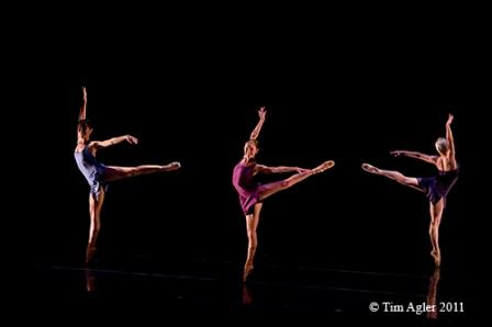'Beyond the Edge'; Choreographer: Sophie Monat; Company: Monat Dance