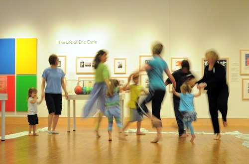 Moving Stories: Making Art and Dance Together at the Eric Carle Museum