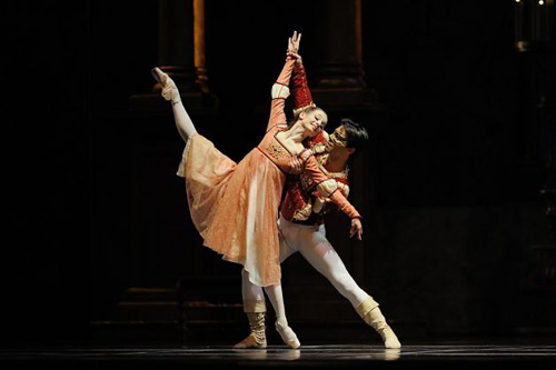 San Francisco Ballet's Maria Kochetkova and Joan Boada in Helgi Tomasson's 'Romeo and Juliet'