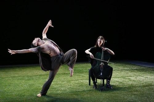 Grass Dancer: Gen Hashimoto with Composer/Cellist Julia Kent Choreography by Jennifer Muller