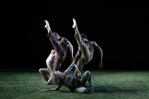 Grass Dancers: (back) Olivia Jordan, Michael Tomlinson, Duane Gosa and Caroline Kehoe Choreography by Jennifer Muller
