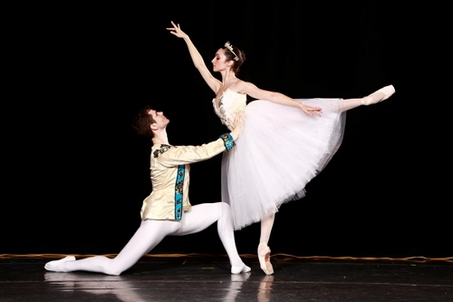 Butler Ballet's Christian Griggs-Drane and Micaelina Ritschl in 'Cinderella'. Photo courtesy of Butler Ballet.