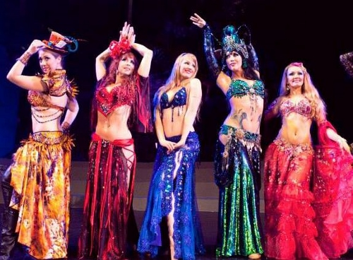 Bellydance Evolution in 'Alice in Wonderland'.
