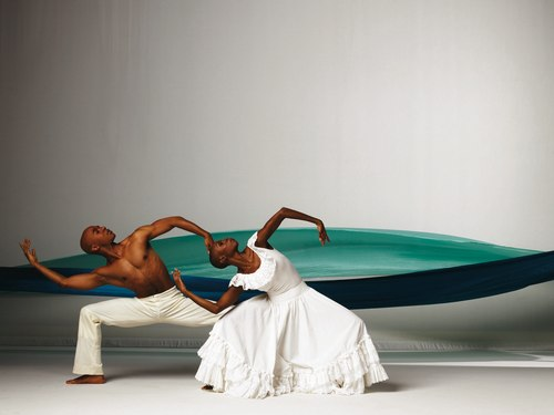Matthew Rushing and Dwana Adiaha Smallwood in Revelations by Alvin Ailey