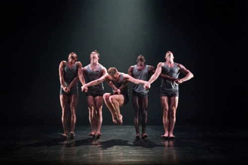 Martha Graham Dance Company in Nacho Duato's 'Rust'