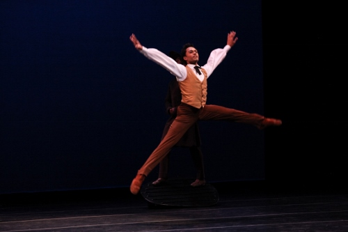 Lloyd Knight in Martha Graham's 'Appalachian Spring.'