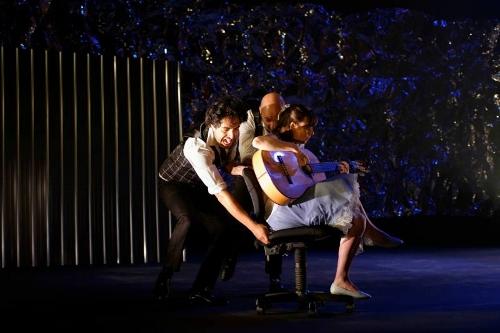 [L-R] Miguel Medina, Hedi Graja and Caroline Planté (guitarist)