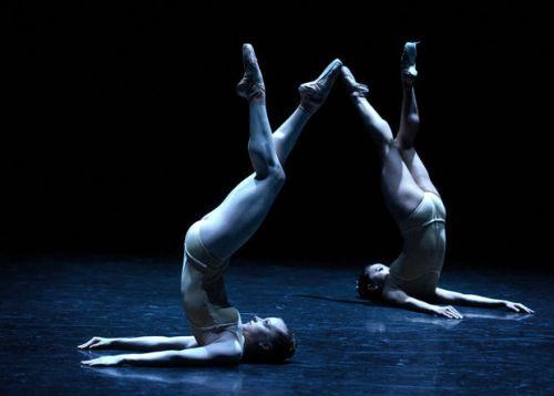 """Grand Rapids Ballet dancers in Annabelle Lopez Ochoa's """"Memorias Del Dorado."""""""