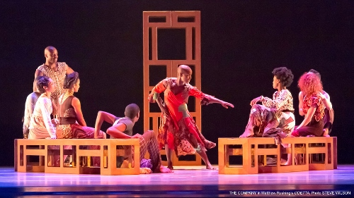 Hope Boykin (center) and the rest of the cast in Matthew Rushing's 'ODETTA.'
