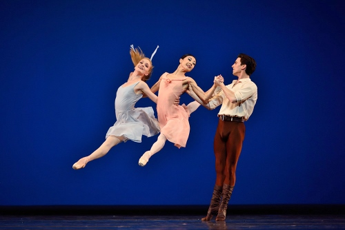 Jerome Robbins: &ldquo;Dances at a Gathering&rdquo; Photo: Erik Tommasson<br>(L-R) Sasha de Sola, Yuan Yuan Tan and Joseph Walsh.