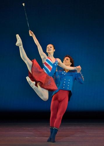 Melissa Gelfin and Cervilio Miguel Amador in Victoria Morgan's 'Patriotic Pas.'