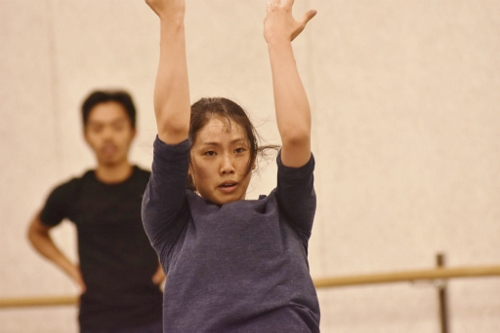 GroundWorks DanceTheater's Michael Marquez and Stephanie Terasaki rehearse choreographer Robyn Mineko Williams' new work 'Part Way.'