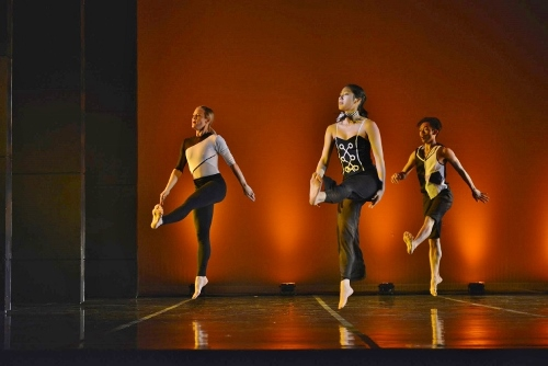 "(L-R) GroundWorks' Lauren Garson, Stephanie Terasaki and Michael Marquez in David Shimotakahara's ""Chromatic."""