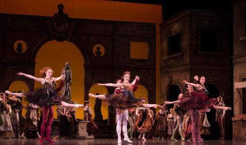 (L-R) BalletMets' Sarah Wolf, Karen Wing and Kristie Latham in Edwaard Liang's 'Romeo and Juliet.'