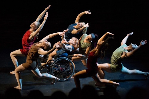 Dancing Wheels dancers in Catherine Meredith's 'Incommunicado' (2015).