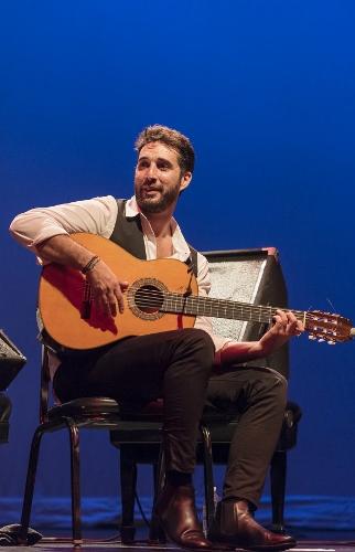 Guitarist Antonio Sánchez.
