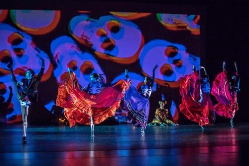 Oakland Ballet Company in Graham Lustig's 'Luna Mexicana.'