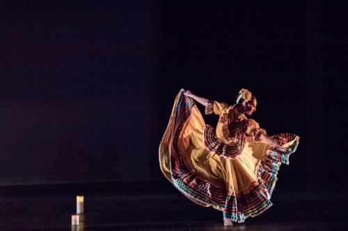 Oakland Ballet Company's Ramona Kelley in Graham Lustig's 'Luna Mexicana.'