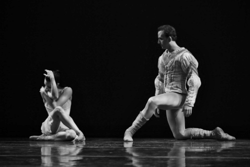 "Milwaukee Ballet's Nicole Teague Howell and Patrick Howell in the second act pas de deux from Michael Pink's ""Swan Lake."""