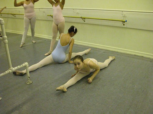 Noriko Hara's Level 3 Ballet Class at Studio Maestro <a href='article.htm?id=1735'>More Level 3 Ballet Photos</a>