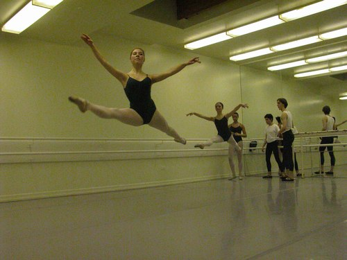 Nadege Hottier's Level 6 Ballet Class at Studio Maestro <a href='article.htm?id=1733'>More Level 6 Ballet Photos</a>