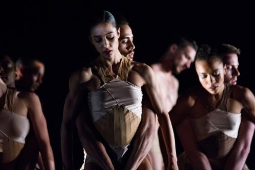 """Ballet Hispánico in Tania Pérez-Salas' """"3. Catorce Dieciséis""""."""