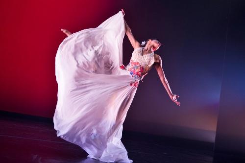 """Ballet Hispánico in Michelle Manzanales' """"Con Brazos Abiertos""""."""
