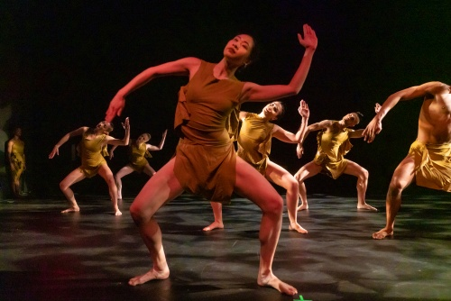 "Sai Rodboon and Company in Elisa Monte's ""Dreamtime""."