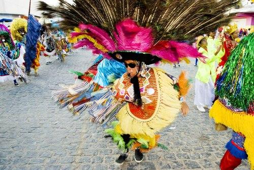 Maracatu Dancing