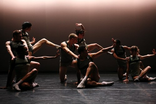 Cedar Lake Contemporary Ballet performs 'Symptoms of Development' by Jacopo Godani