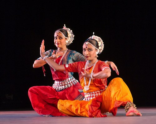 Surupa Sen (Artistic Director & choreographer) and Bijayini Satpathy (Director of the Odissi Gurukul dance training).