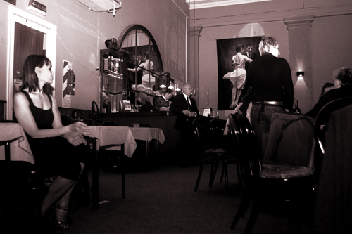 Salon canning argentine tango in buenos aires for A puro tango salon canning