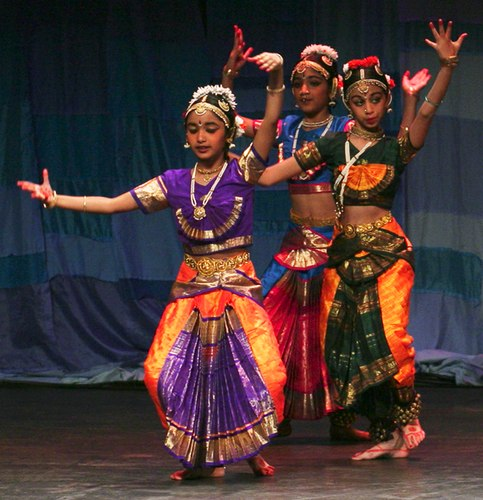 Dancers from India perform at Lotus festival in 2006