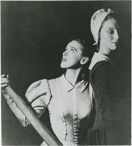 Martha Graham and May O'Donnell in the original 'Appalachian Spring' - 1944