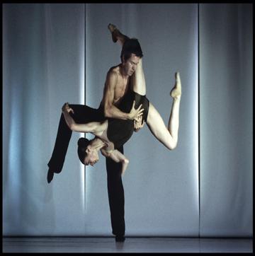 Nederlands Dans Theater in 'Sleepless' 'Sleepless' Directed by Hans Hulscher, 2004, 26m Nederlands Dans Theater