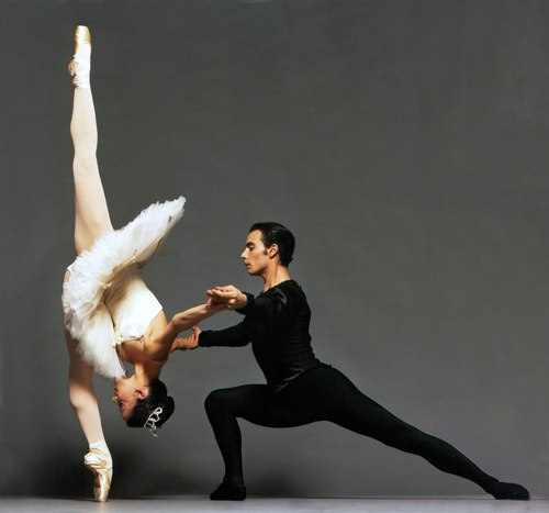 Miami City Ballet, SYMPHONY IN C Dancers: Katia Carranza & Renato Penteado