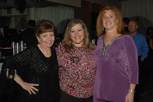Nel Cappadona, Marta Hogan and Susan Bloom