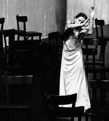 Pina Bausch in CAFE MUELLER
