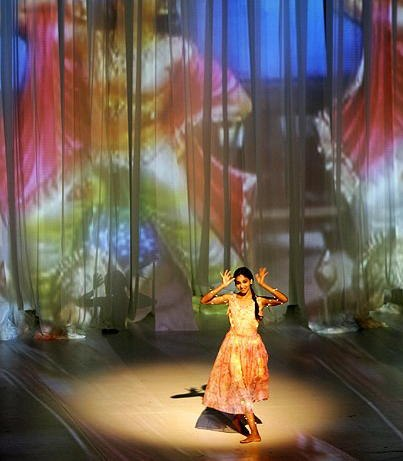 Bausch's BAMBOO BLUES with Bollywood projections